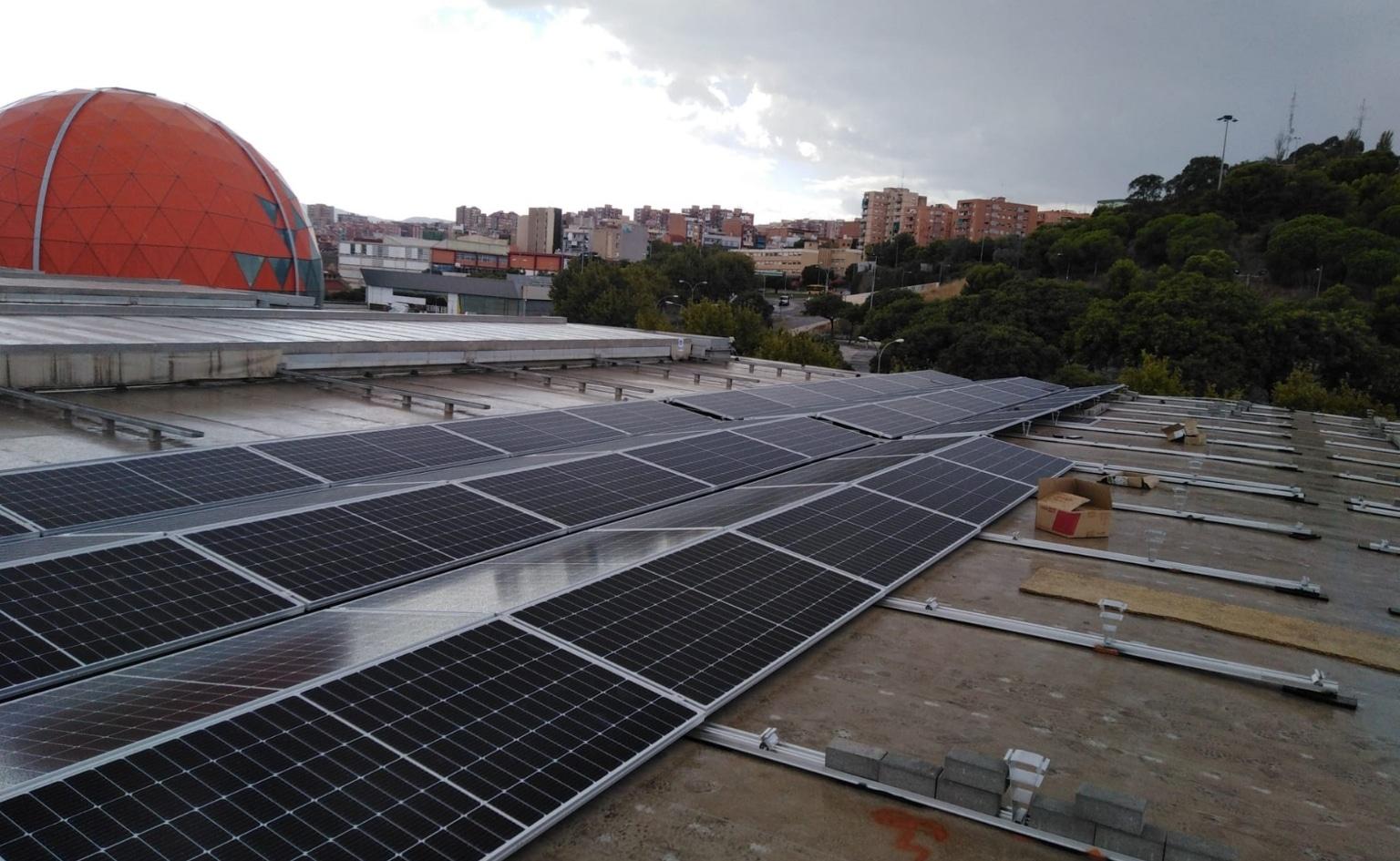 Nova Planta Fotovoltaica de 1 MWp a la coberta del centre comercial Màgic Badalona